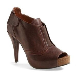 Vince Camuto | Pernot Peep Toe Bootie